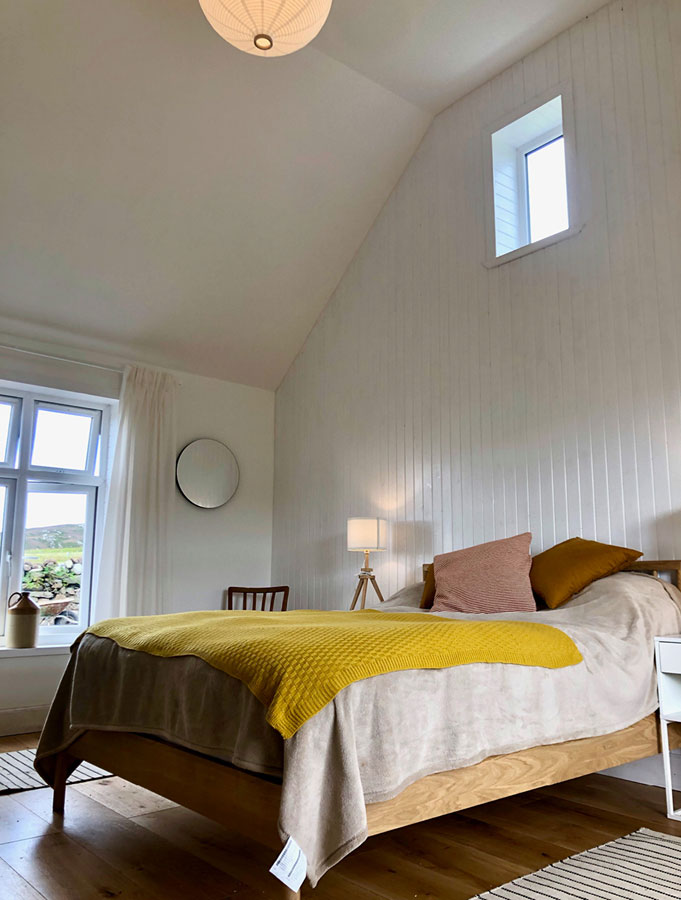 Alister Annie's Cottage Colonsay - Bedroom